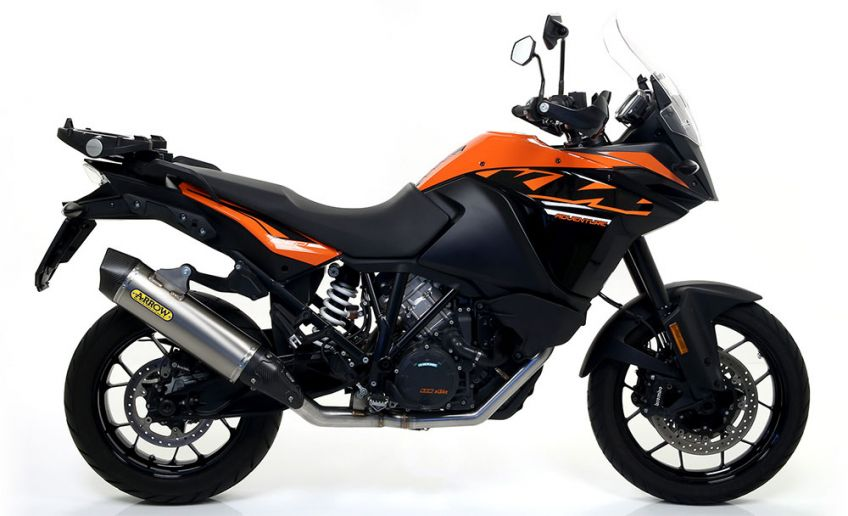 KTM 1090 Adventure Arrow Exhaust with Titanium/Carbon silencer